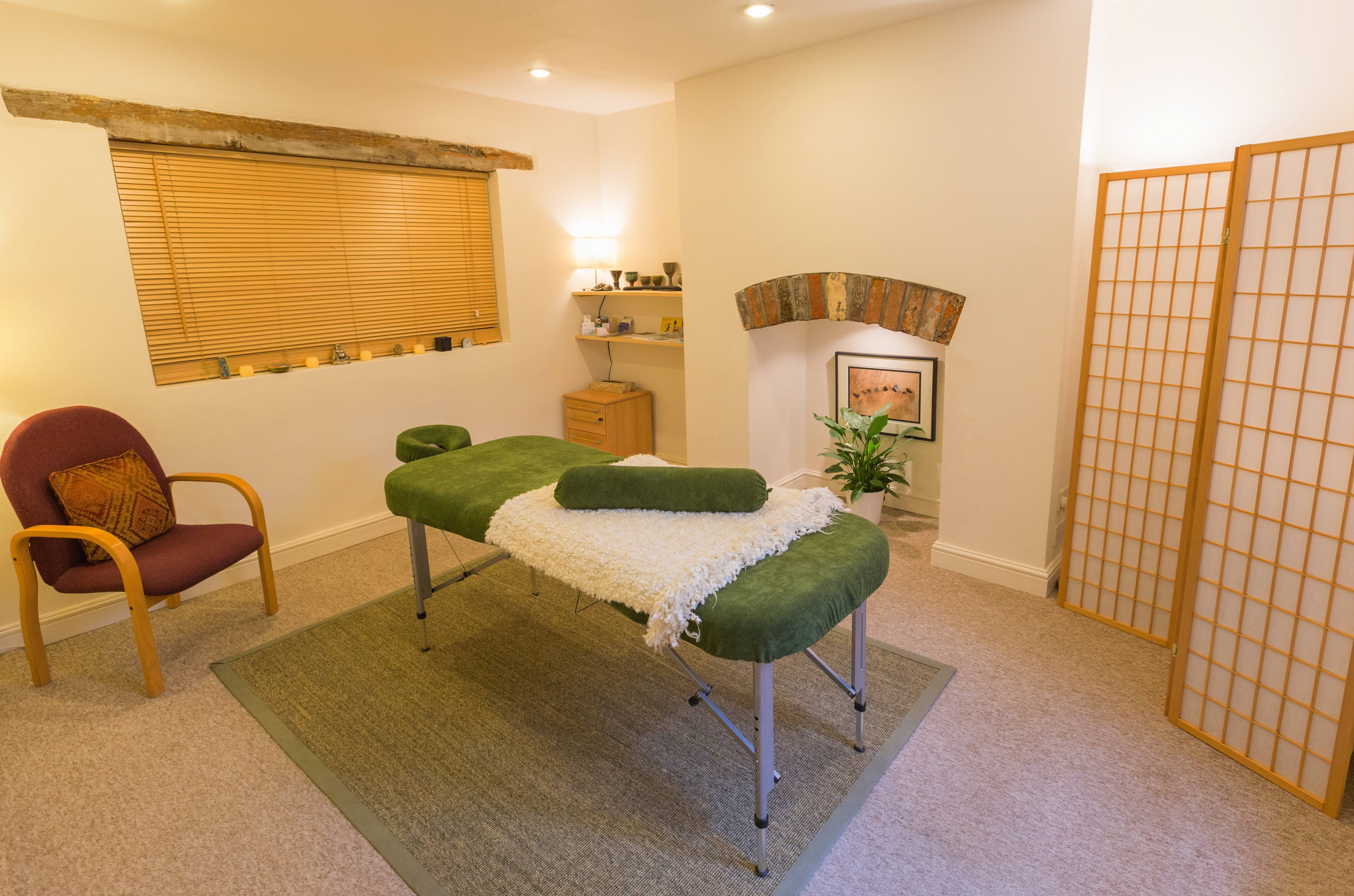 room-3-massage-small